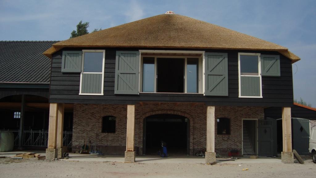Opleveringsfase nieuwbouw vee-pot en paardenstal te Hoogwoud2