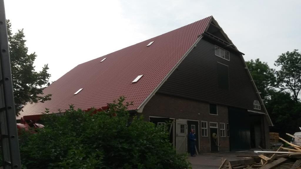 Hoofd-Sandwichdakpanpanelen Rooftile-prefab daklicht schuur te Wieringerwerf