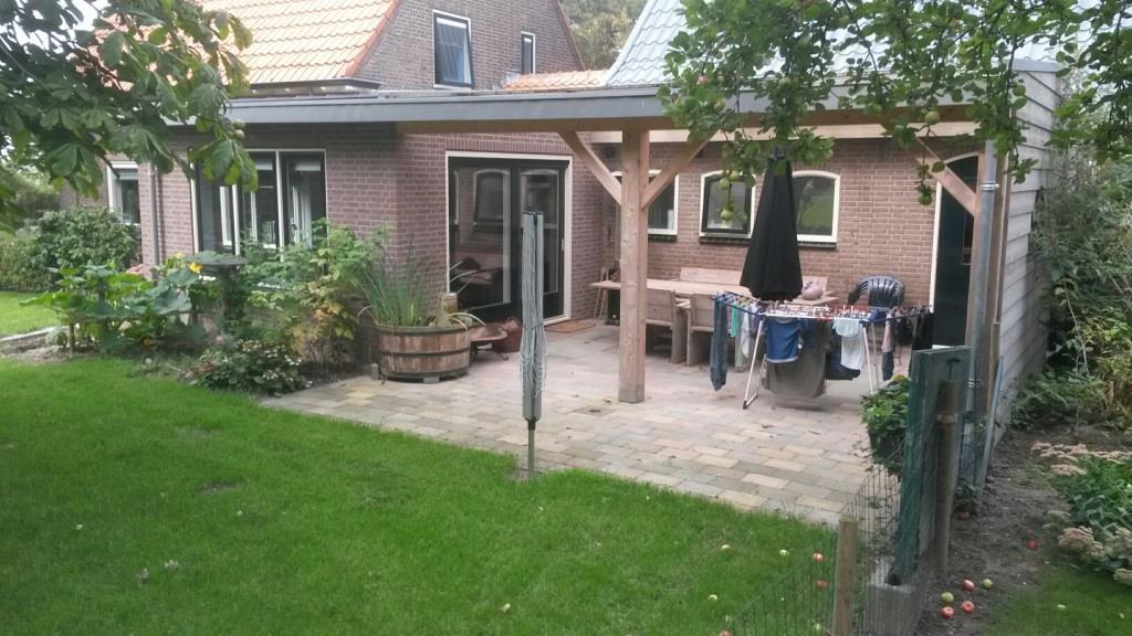 aanbouw woning en houten veranda te Slootdorp2
