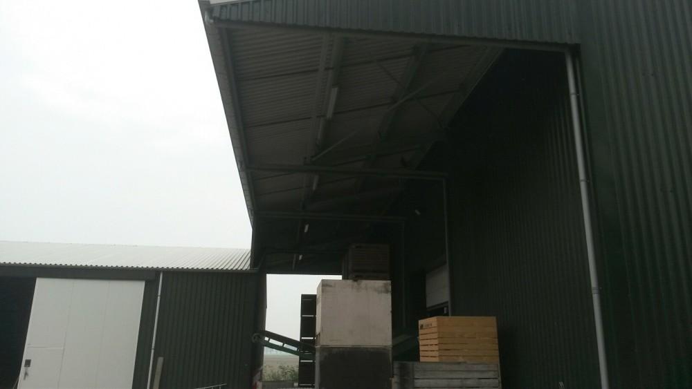 3Nieuwbouw aardappelschuur afm.ca.31x29m met overkapping te Wieringerwerf