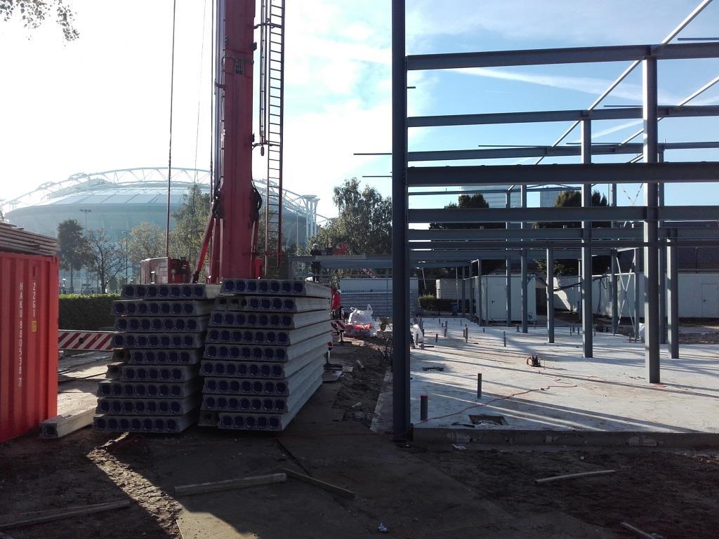 10Nieuwbouw clubgebouw, kanaalplaat verdiepingsvloeren, staalconstructie FC Amsterdam