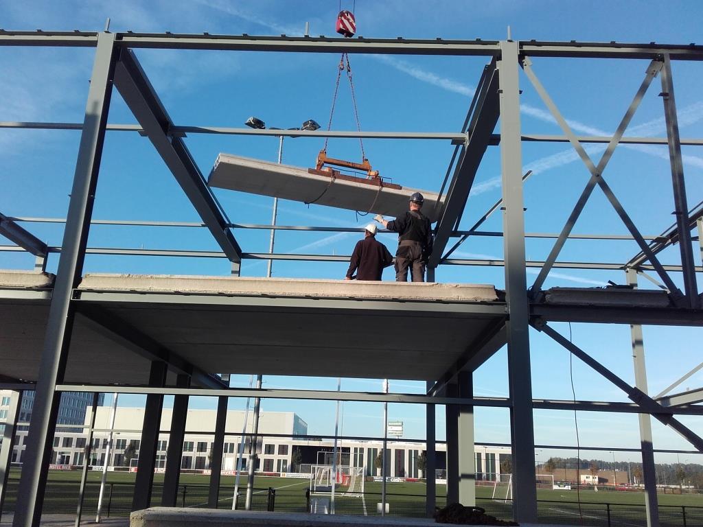 12Nieuwbouw clubgebouw, kanaalplaat verdiepingsvloeren, staalconstructie FC Amsterdam