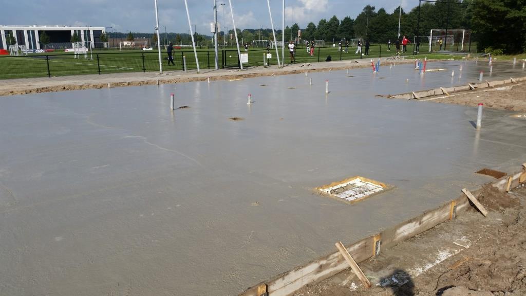 8Nieuwbouw clubgebouw, bgg balk- en broodjesvloer, PS-isolatievloer, storten FC Amsterdam
