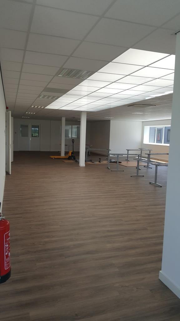 binnen verbouw bedrijfsgebouw Vaart Obdam Vlaar-Hensbroek - DeVi Comfort18