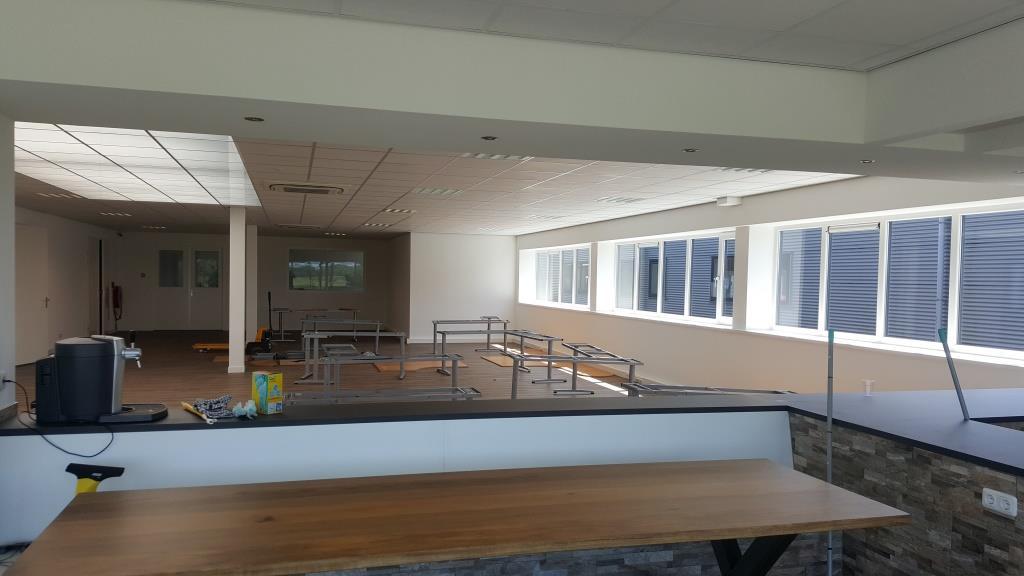 binnen verbouw bedrijfsgebouw Vaart Obdam Vlaar-Hensbroek - DeVi Comfort20