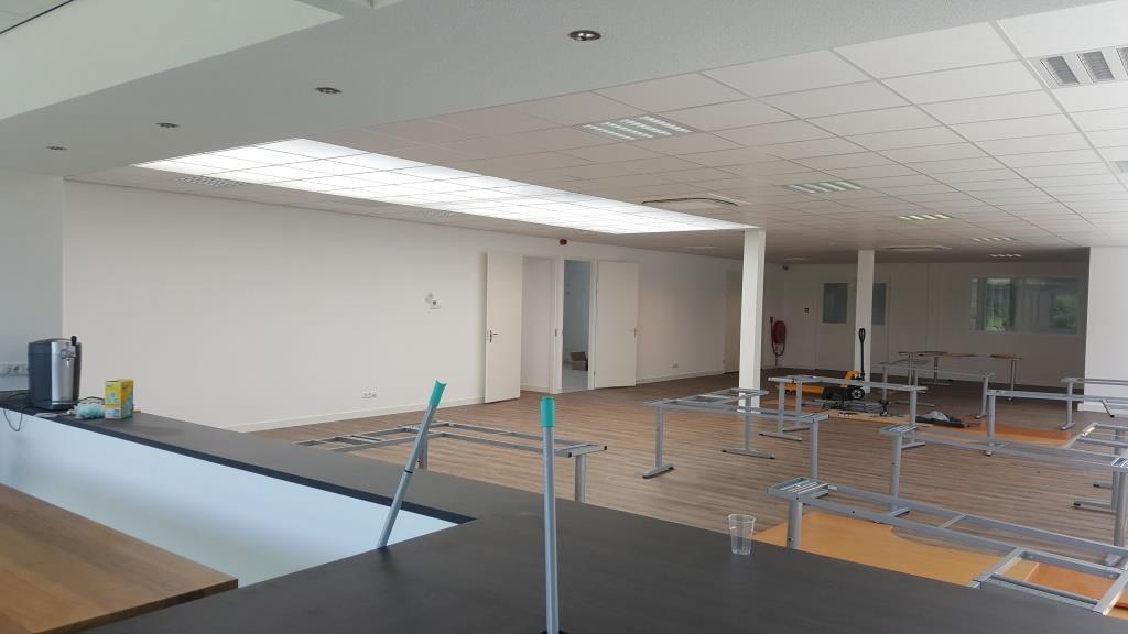 binnen verbouw bedrijfsgebouw Vaart Obdam Vlaar-Hensbroek - DeVi Comfort21